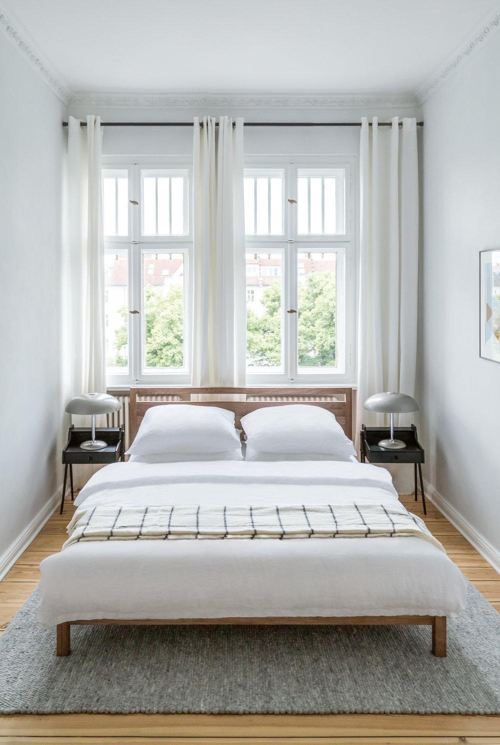 09-White_Arrow-Paul-Lincke-Ufer-Apartment.jpg