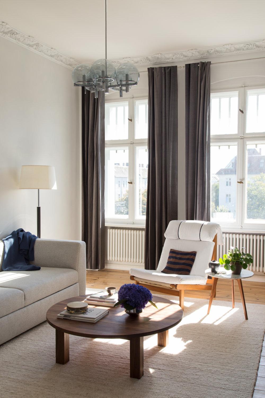 11-White_Arrow-Paul-Lincke-Ufer-Apartment.jpg