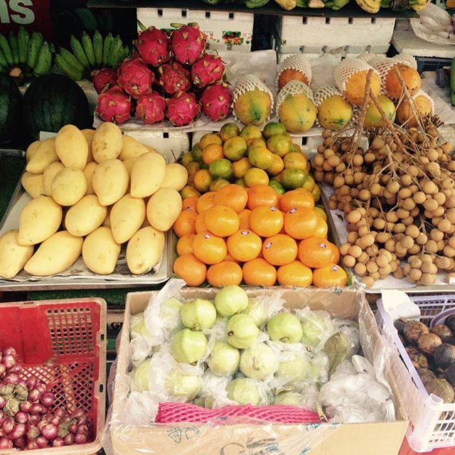 BKK impressions #thaimarket #carrymehome #minglovesherbag