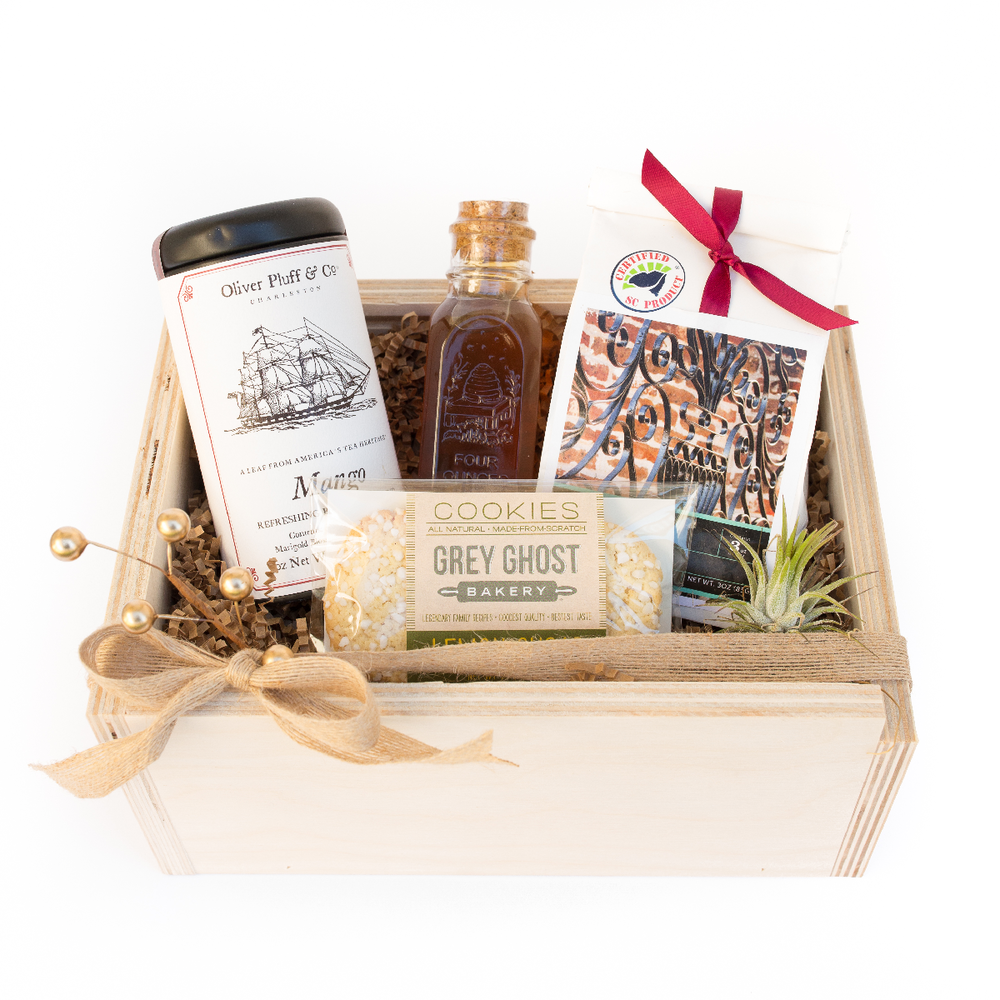 The Blue Root Holiday Tea Lovers Box $70 @theblueroot // theblueroot.net