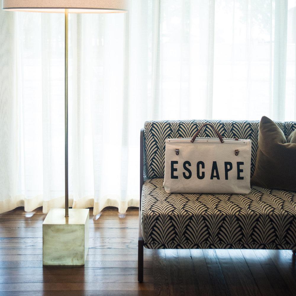 Charleston Weekender Canvas Escape Bag $100  @charlestonweekender  //  thecharlestonweekender.com