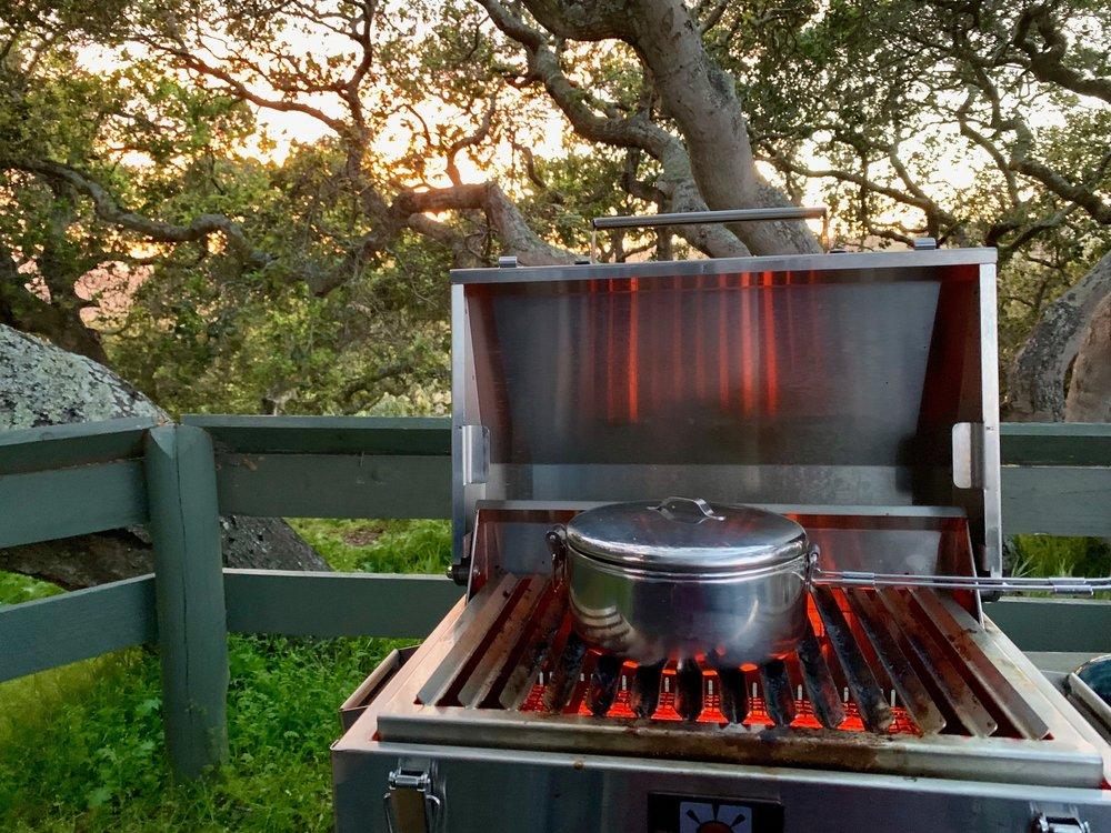 Cooking setup is perfect. Marine-grade anti-rust stove/BBQ.