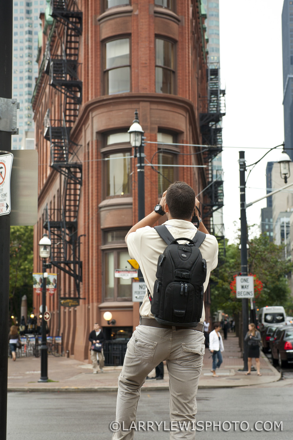 My friend Jordan shooting The Flatiron Building from the east.