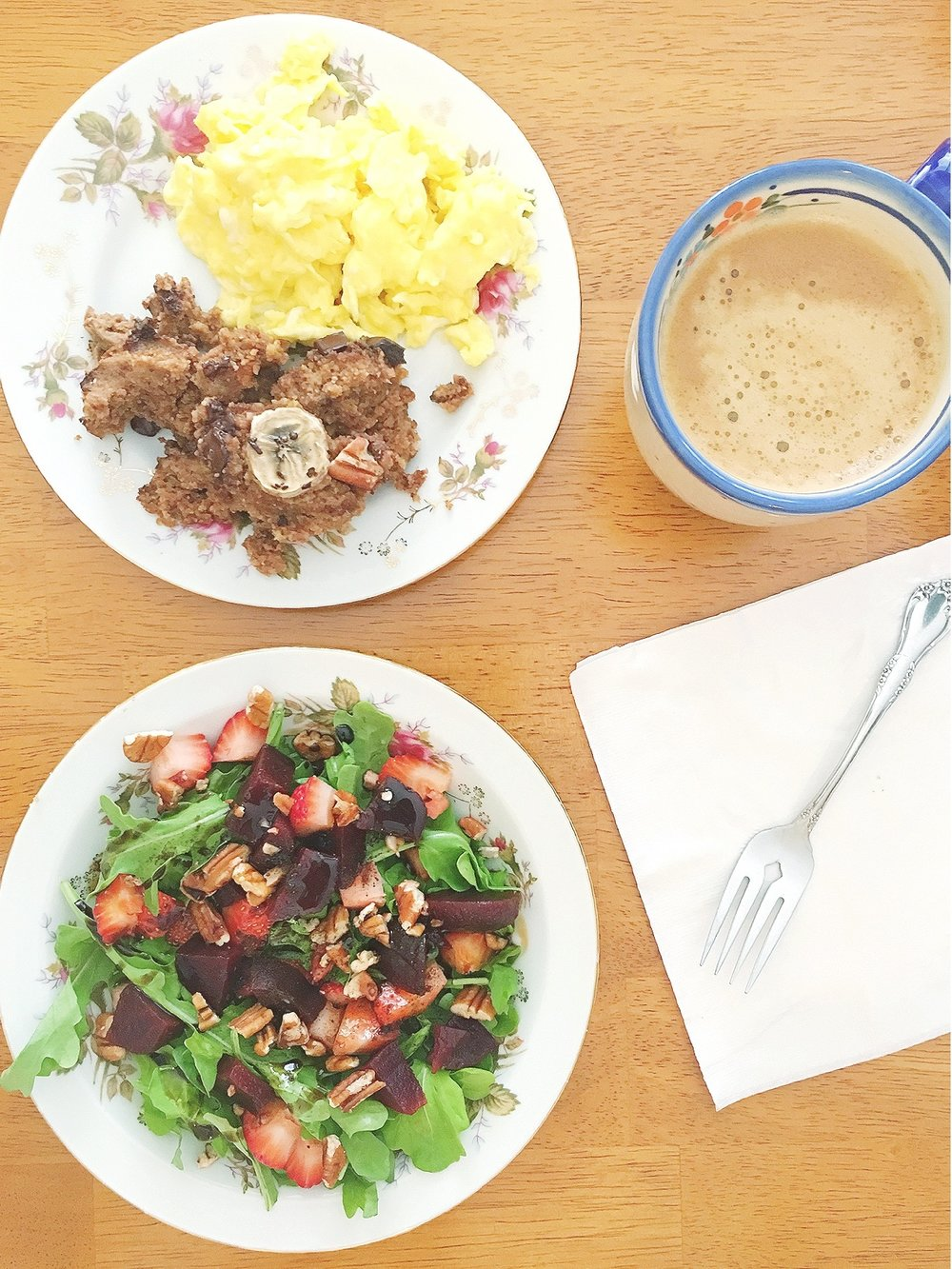 sweet stuffing - avec scrambled eggs and an arugula, strawberry, beet, and pecan salad drizzled with strawberry and vanilla balsamic vinegar