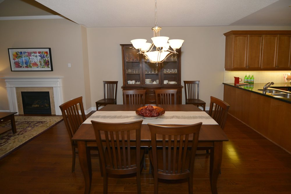 3240_epworth_cres_MLS2084916_HID924933_ROOMdiningroom.jpg
