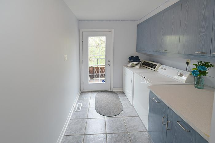 livingroom2_700.jpg
