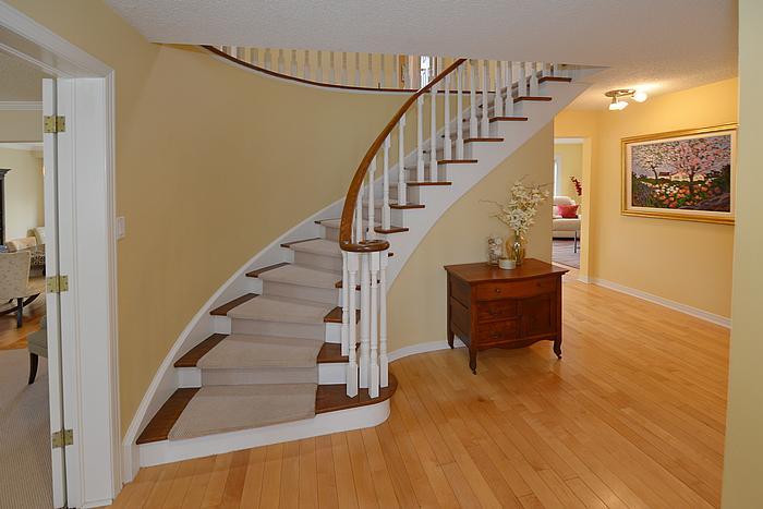 stairwell_700.jpg