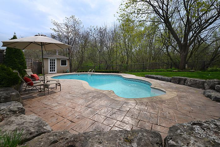 pool2_700.jpg