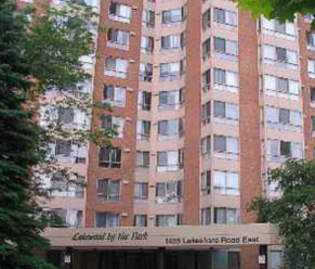 SOLD |  1485 Lakeshore Rd | Mississauga   Perfect Pied A Terre for Snowbirds! Overlooks a park, close to golf, spacious!