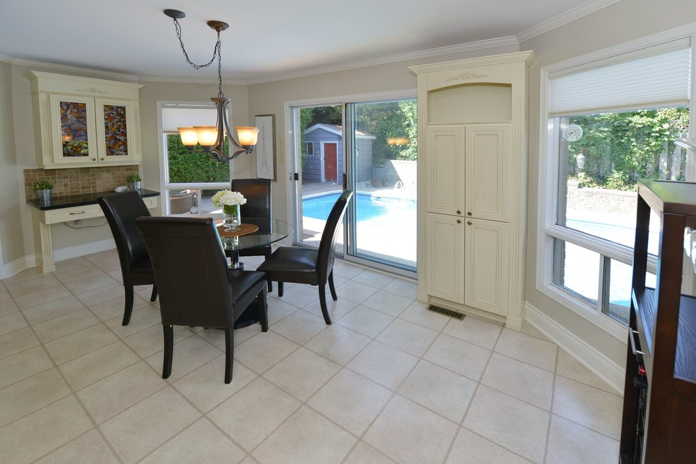 2767_guilford_crescent_MLS30538562_HID1121270_ROOMkitchen.jpg