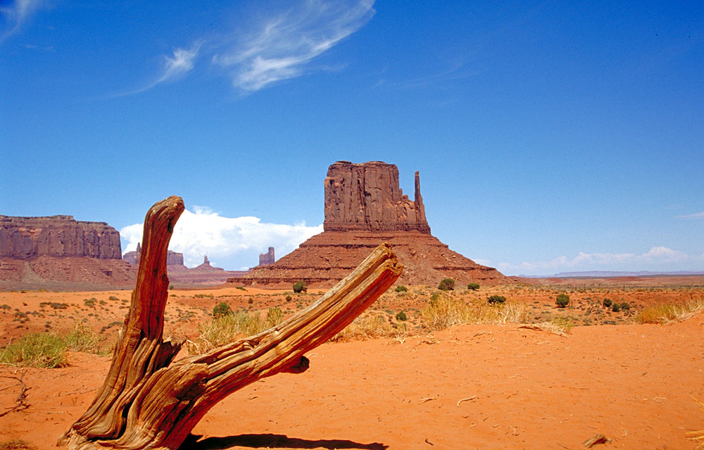 "Source: ""Monument Valley"" by Marc Averette, Wikimedia Commons"