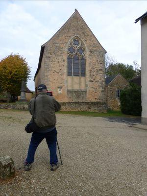 Mike filming in Asnières (from   Asnières-sur-mon-blog  )
