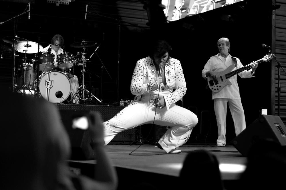"""""""Elvis"""" performing"""