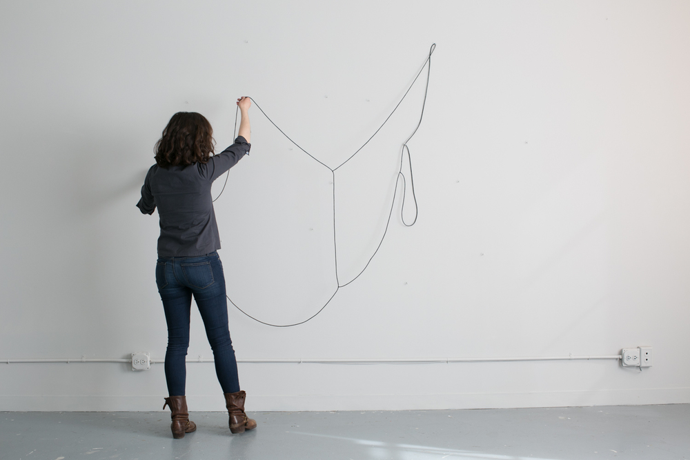 Hanging Drawing , participatory performance, 2015