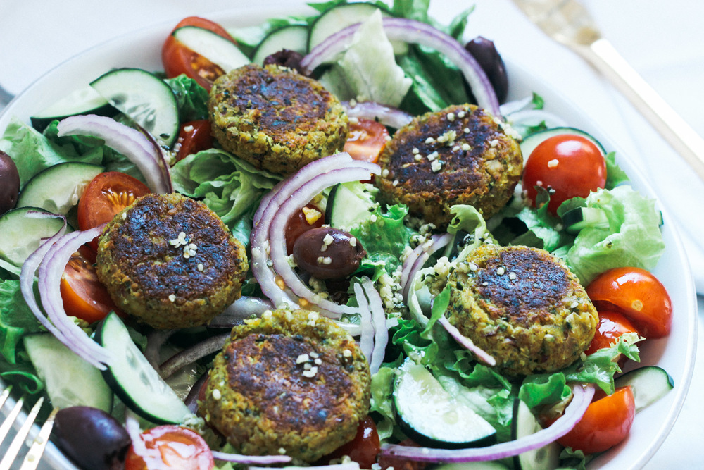 GreekFalafelSalad-25.jpg