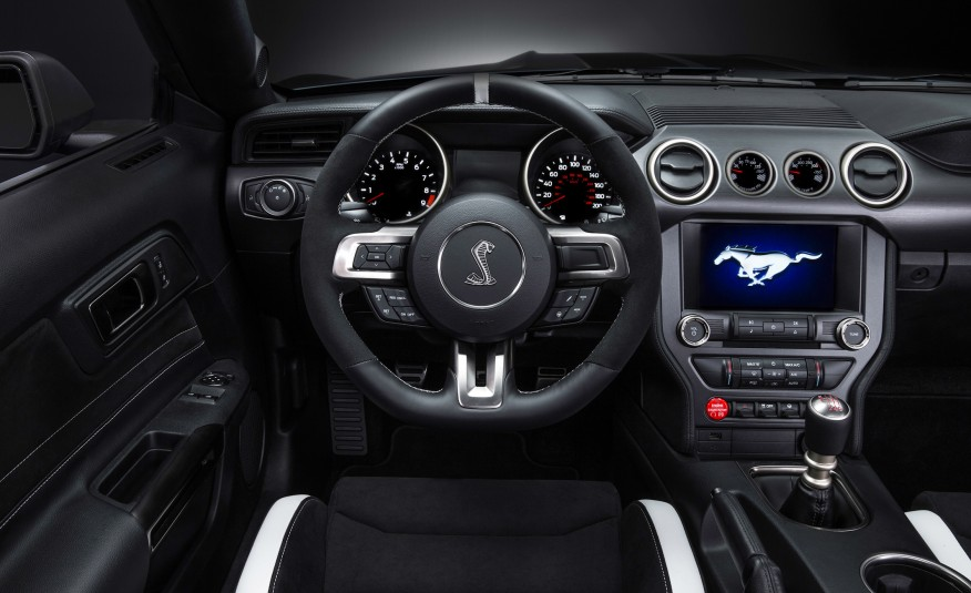 2016-Ford-Mustang-Shelby-GT350R-117-876x535.jpg