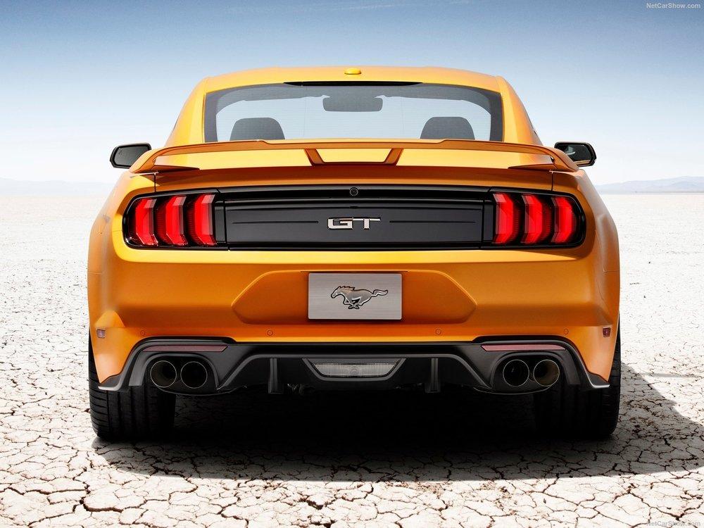 Ford-Mustang_GT-2018-1600-0c.jpg