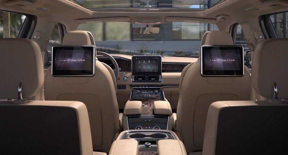 Navigator_full_interior.JPG