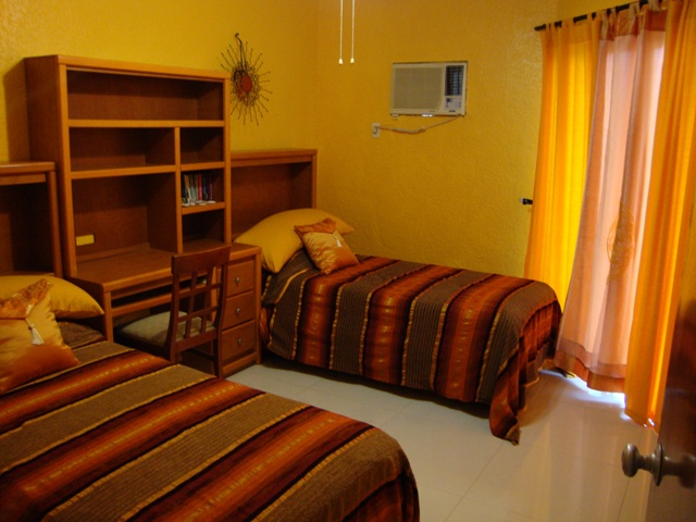 16-2ND BEDROOM.JPG