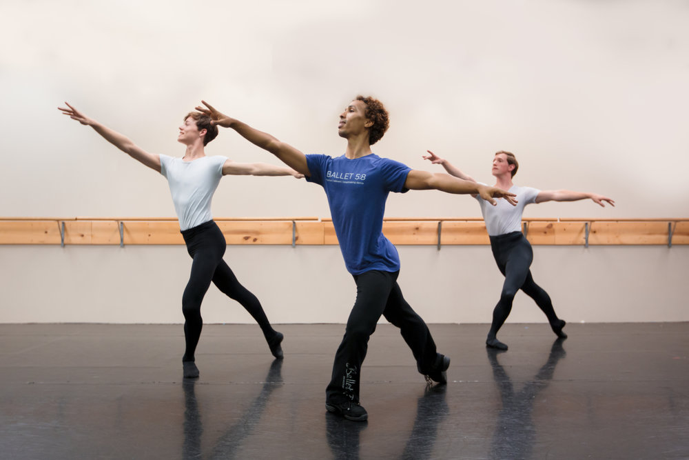 Students in Ballet IIIB technique with Ballet 5:8 Artistic Director Julianna Slager