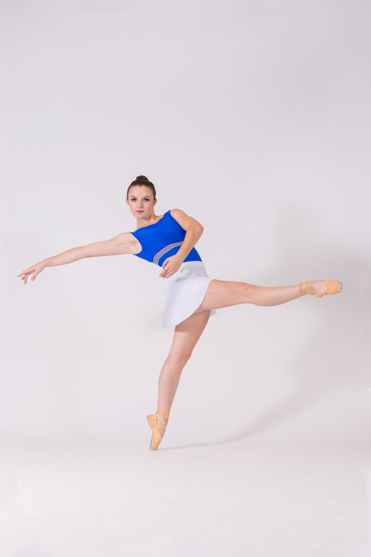 Libby Dennen - Ballet 5:8 Company Apprentice
