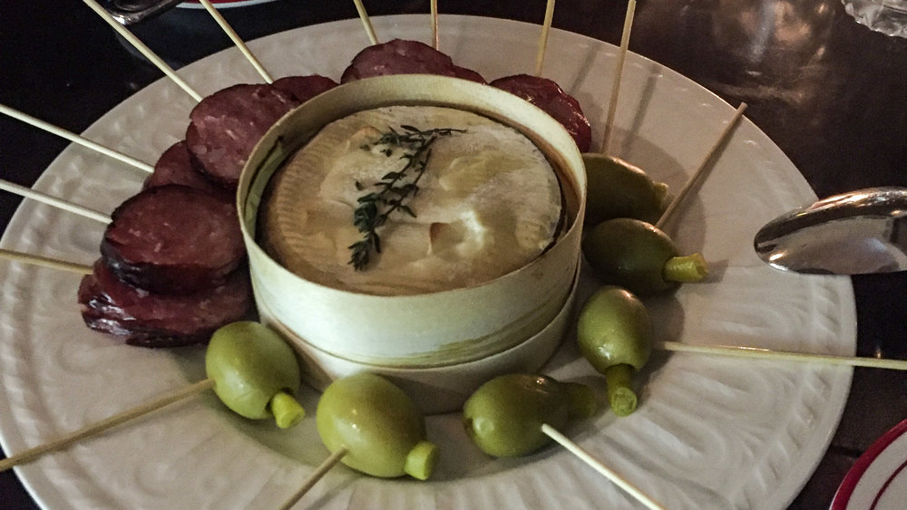 continental_deli_bar_bistro_delicatessen_sydney_newtown_inner_west_porteno_baked_vacherin_polish_sausage_olives_kielbasa