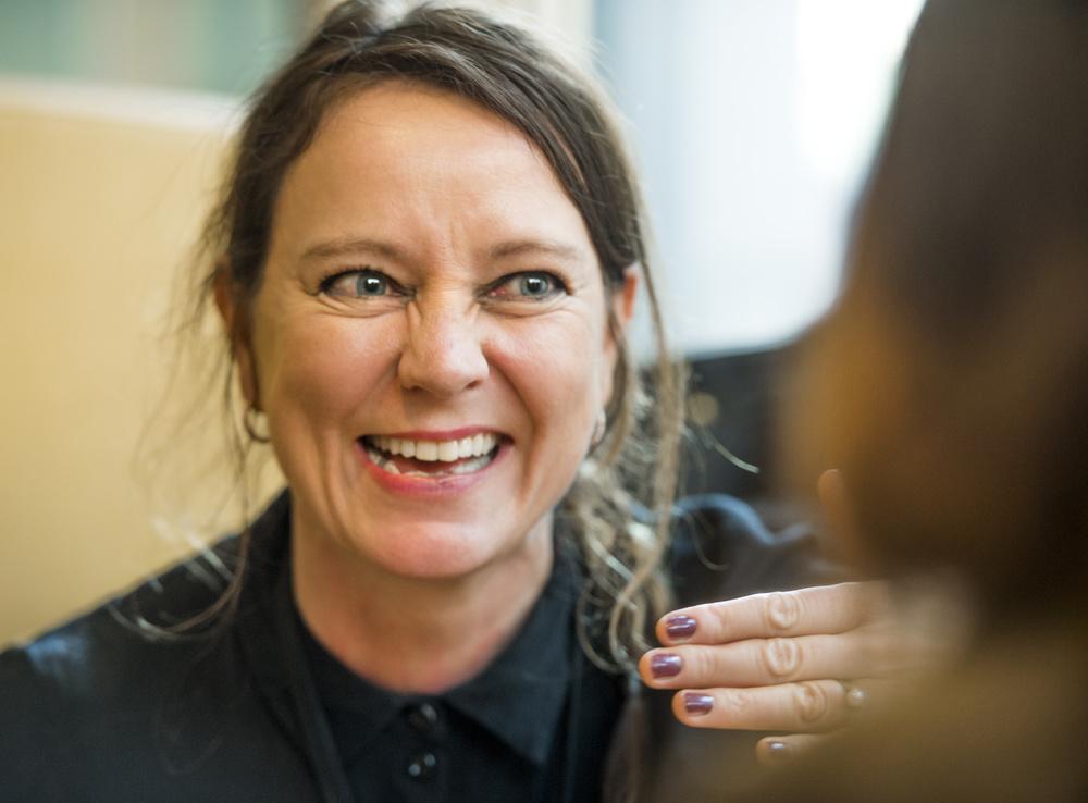 -  Livet mitt er bedre nå enn for fire år siden , smiler jeg til psykiateren min på vår siste time. FOTO: Helge Mikalsen, VG.