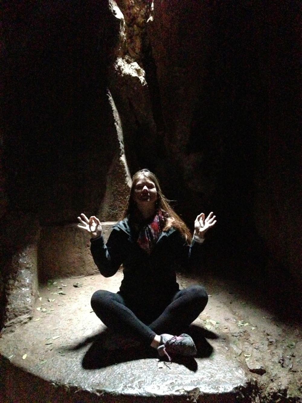 Cave Cusco Ruins Peru