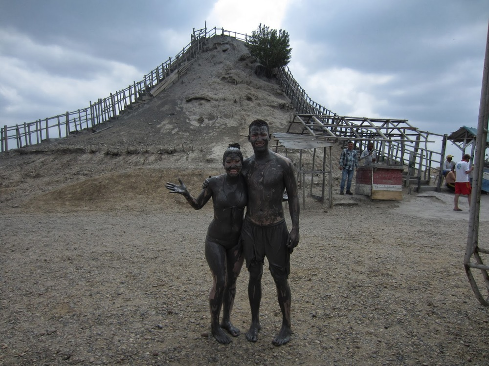 Can you recognize those muddy people?!
