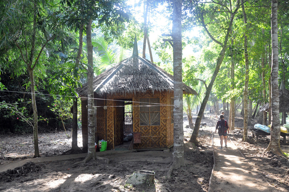Philippines Nuts Huts