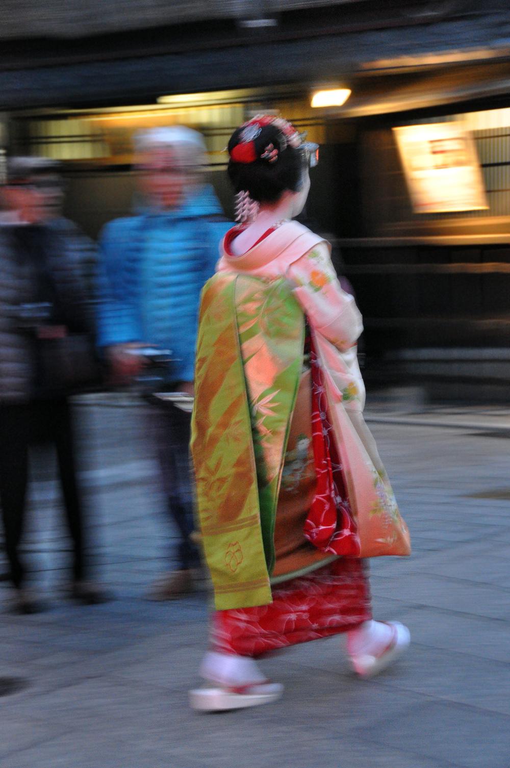 Japan Kyoto Pontocho Alley Geishas