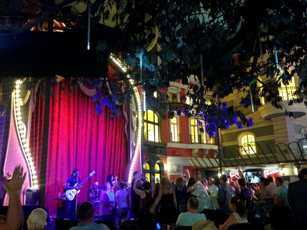 Music Concert Las Vegas on a Budget