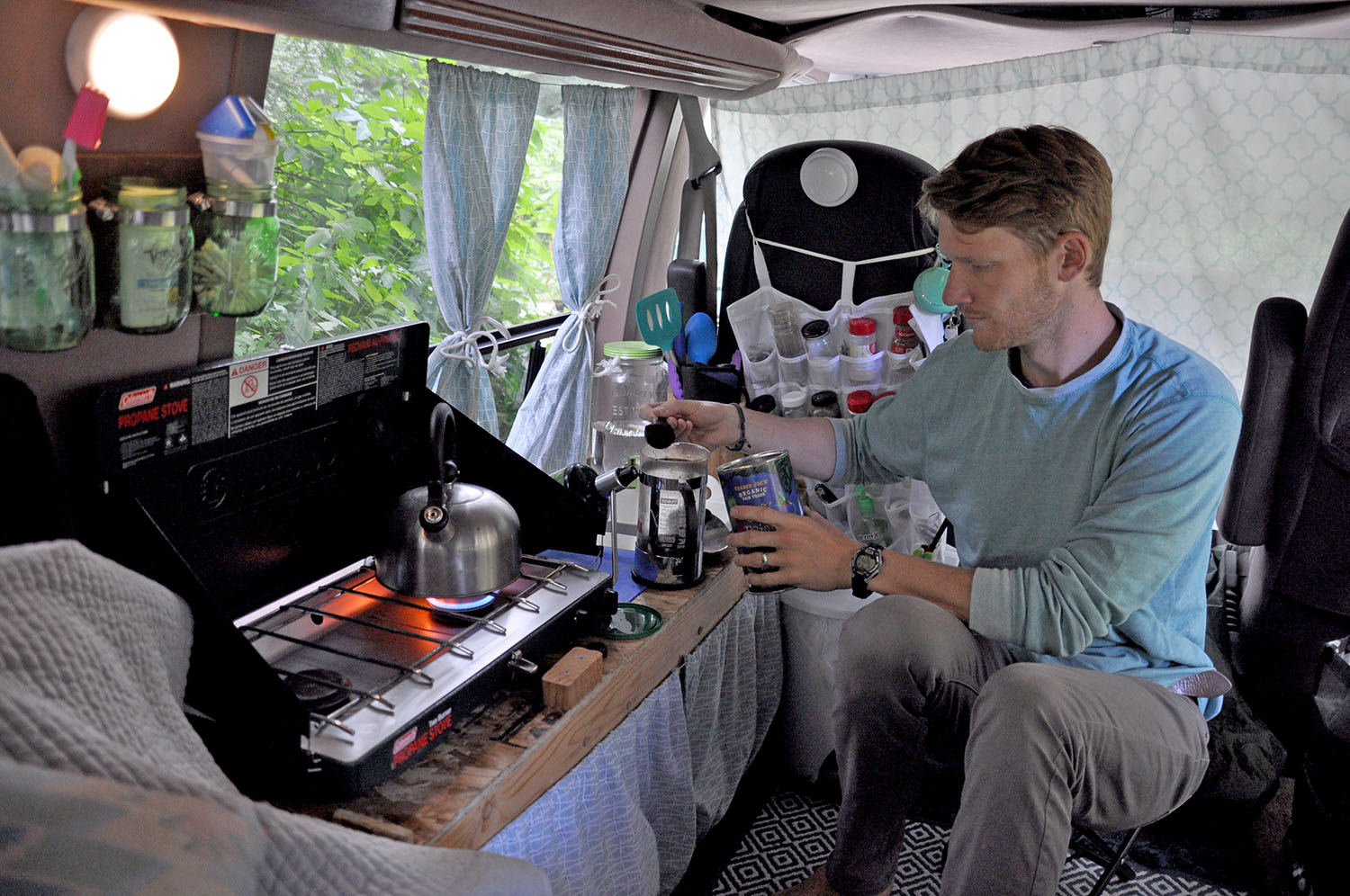 DIY Campervan Kitchen for less than $50