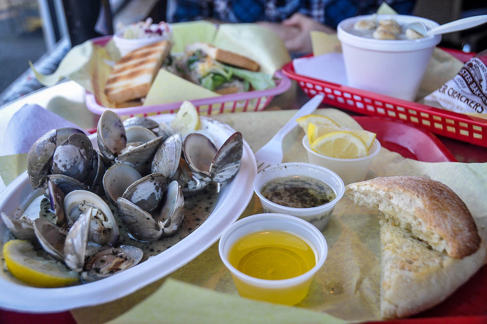 Things to Do in Oregon Tony's Crab Shack