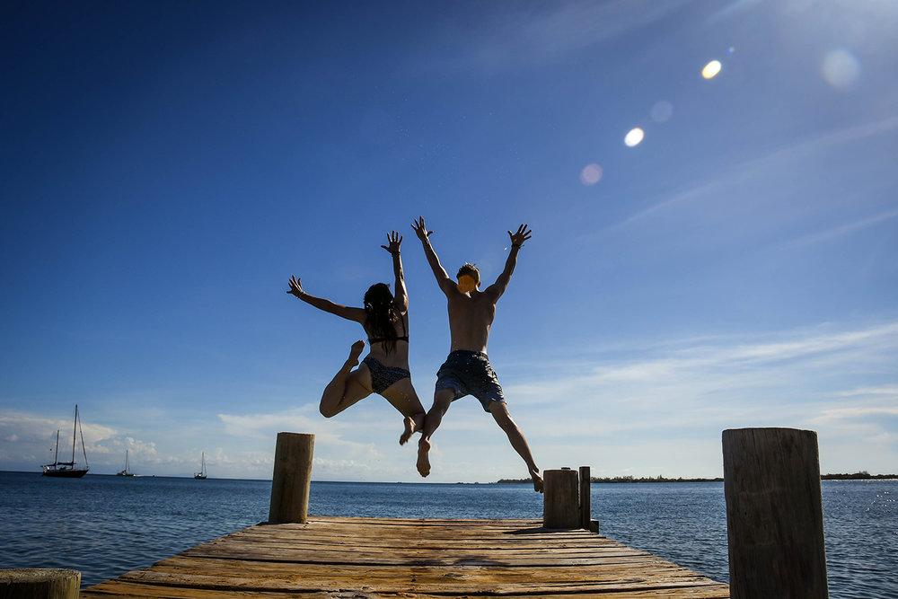 Roatan vs. Utila Honduras Bay Island Utila Dock Jumping