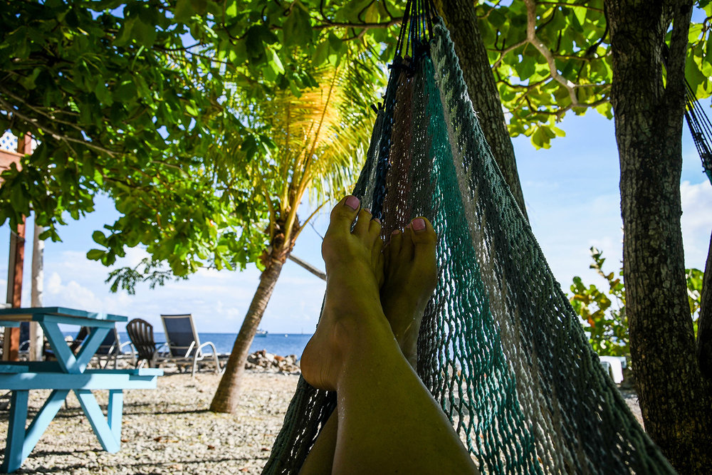 Roatan vs. Utila Honduras Bay Island Hammock Relax