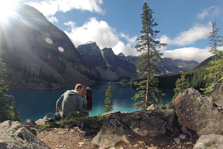 Banff Morine Lake Kiss