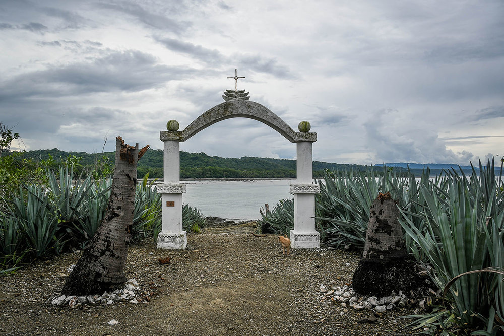 Things to Do in Costa Rica: Visit a Cemetery Island
