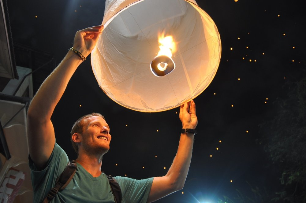 Sky Lantern Release Unique Things to do in Chiang Mai