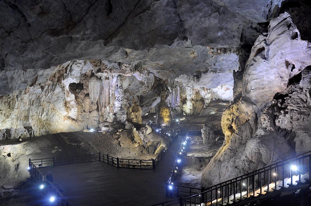 Paradise Cave Phong Nha Vietnam Itinerary