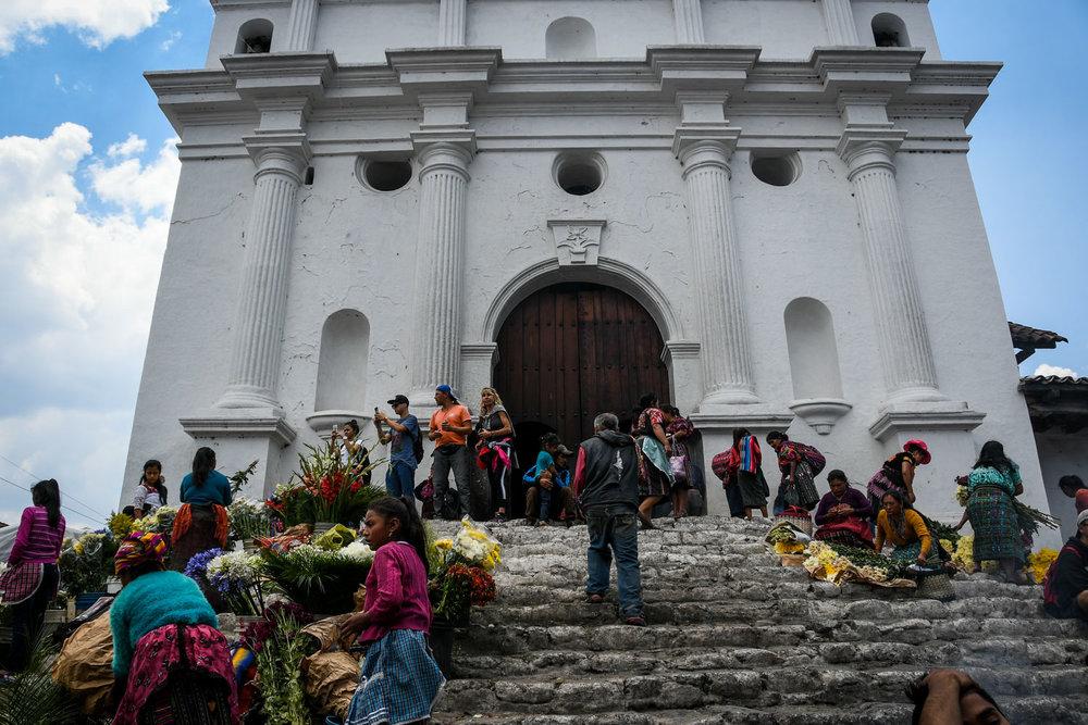 Things to Do in Lake Atitlan: Chichicastenago Market