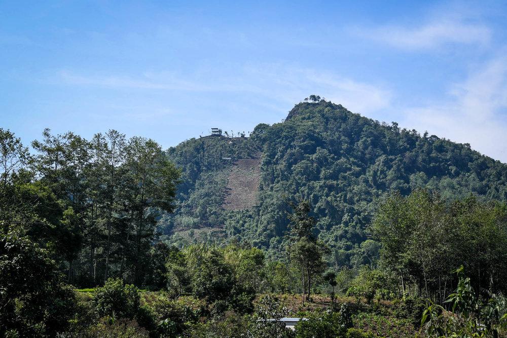 Things to Do in Lake Atitlan: Indian Nose Mountain