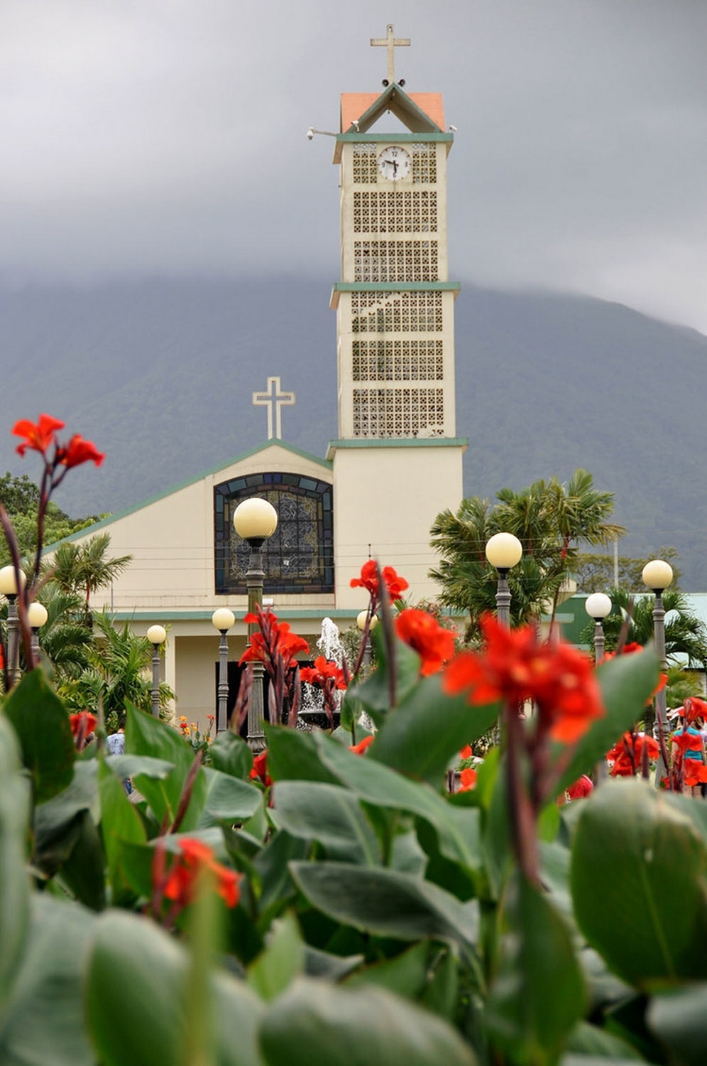 Arenal Cosa Rica church photography tips