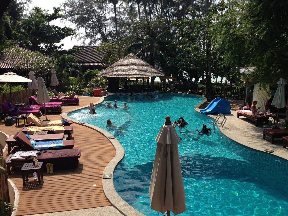How To Choose A Dive School in Koh Tao Sairee Cottage