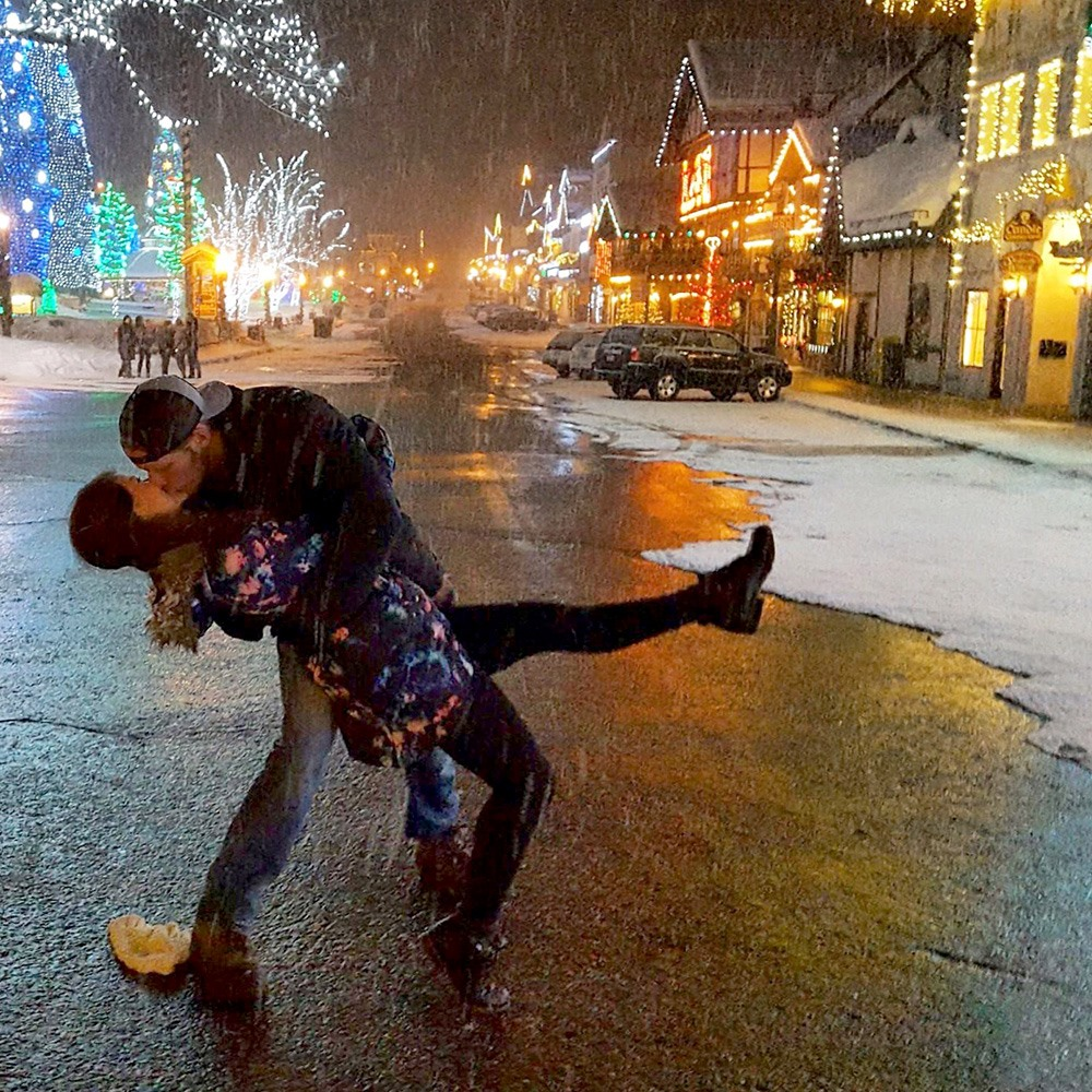 Leavenworth Night Time Kiss