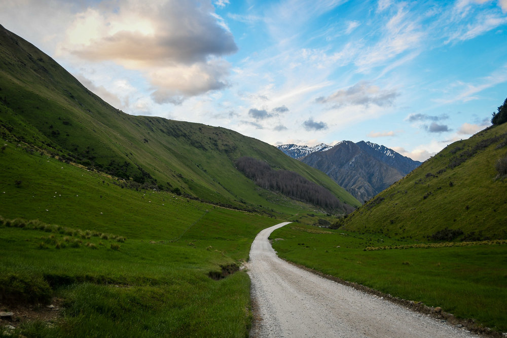 South Island New Zealand Itinerary Road Trip Moke Lake Drive