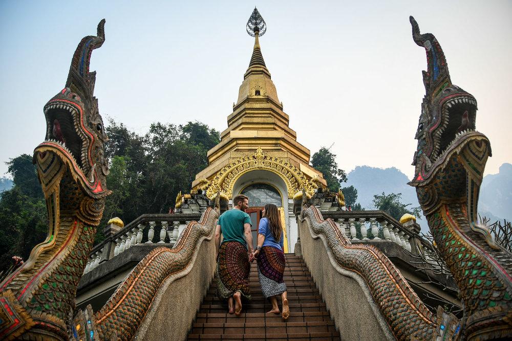 Travel Blog Income Report Thai Temple