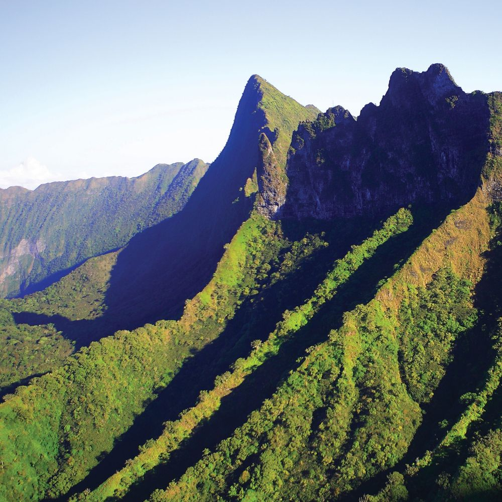 tahiti-mountains.jpg