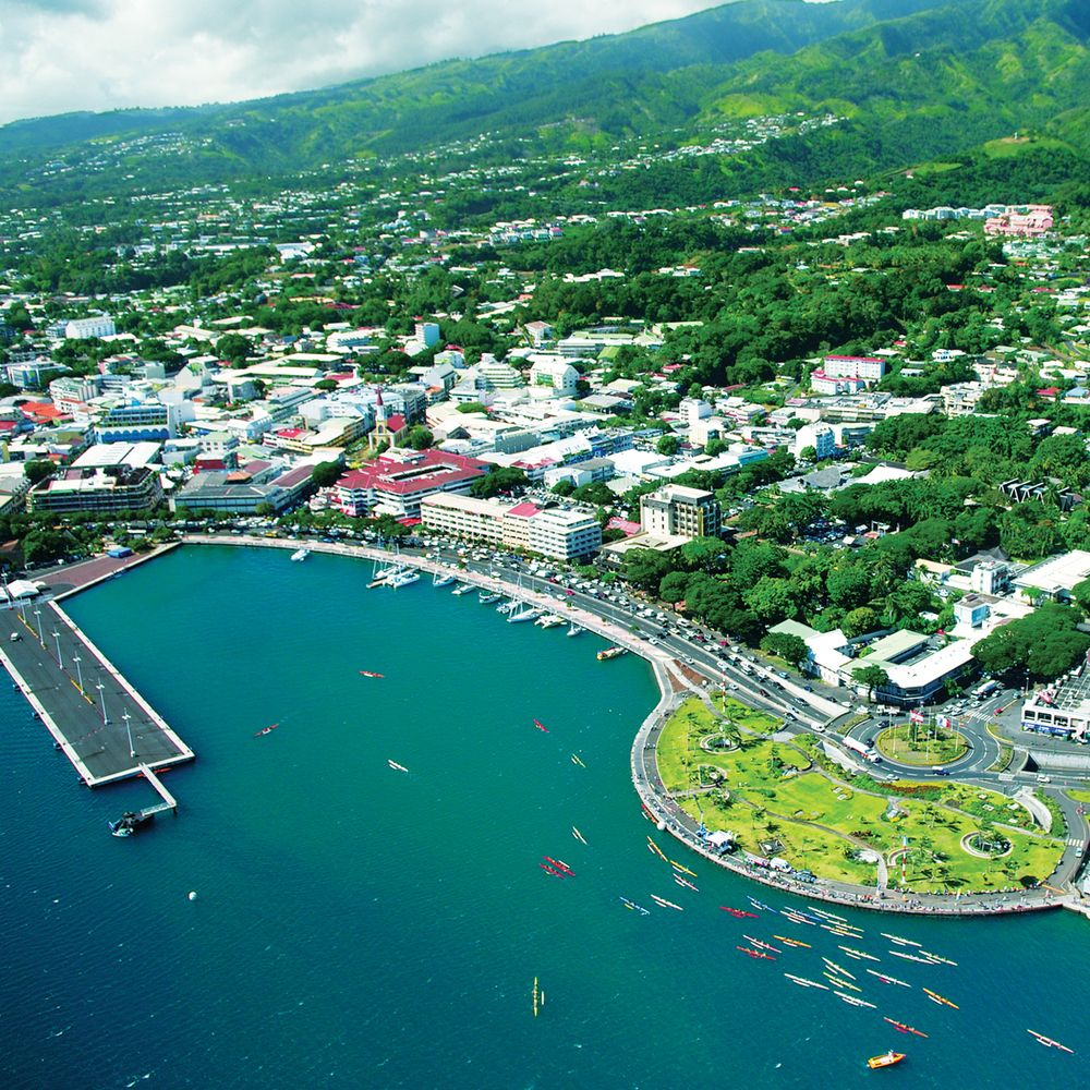 tour-overview-aerial-papeete.jpg
