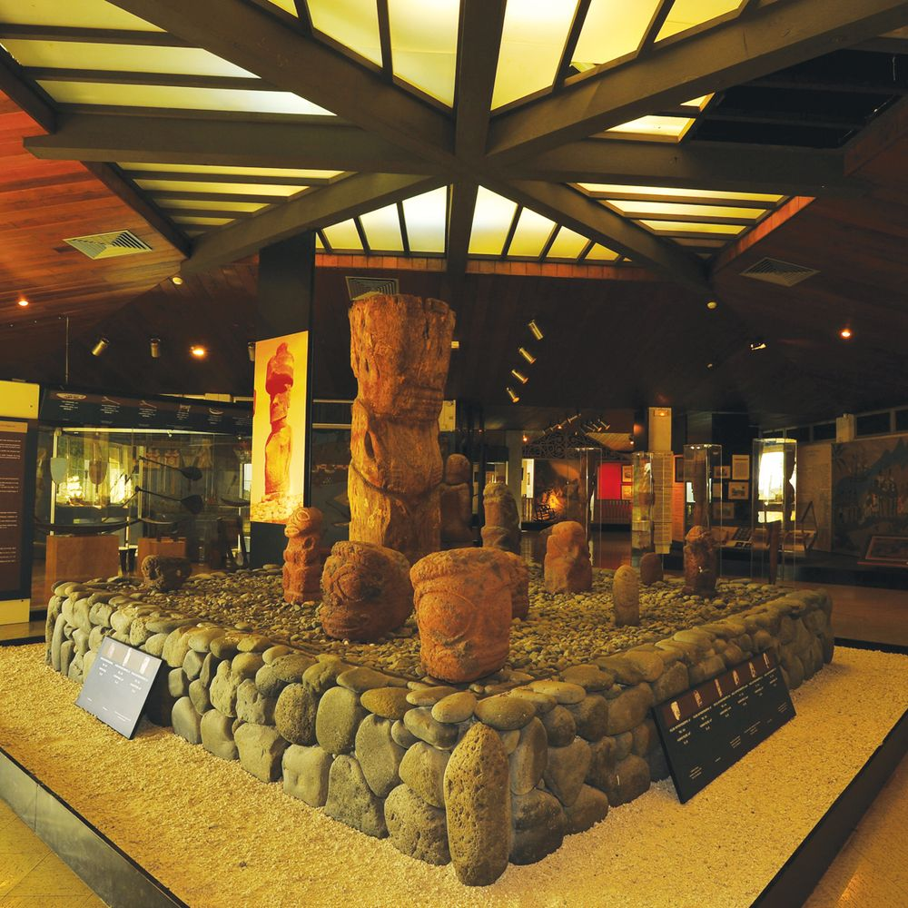 west-coast-islands-tahiti-museum.jpg